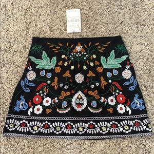 Black Embroidered Floral Skirt Size Small